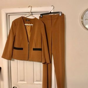 Nine West pantsuit